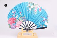 Wholesale Assorted colors flower designs Chinese hand fans silk fabric round shape