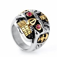 Wholesale Europe and America New Jewelry Rings For Men L Stainless Steel Jewelry Golden Skull Ring