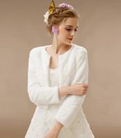 Wholesale Winter Ivory Faux Fur Bridal Wraps Long Sleeve Wedding Jacket Wedding Fur Wrap Cape Shawl Jackets Coat Wrap Tippet Women Bridal Accessories