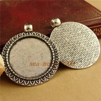 Wholesale pieces To fit mm round cabochon antique bronze silver plated vintage style alloy pendant blank tray settings hm827