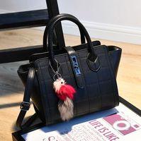 halloween bat - In the spring of new Handbag Shoulder Messenger Bag bat wings all match bag retro casual handbag