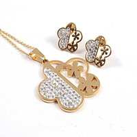 Cheap Fashion flower shape cz diamond stones inlaid 316L stainless steel gold plated pendant necklace + stud earrings jewelry sets SJS00398