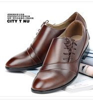 Wholesale Retro Brown UP Leather Shoes Men s Wedding Shoes Side Lace up Leisure Men s business casual shoes pointed toes party groom men dress shoes