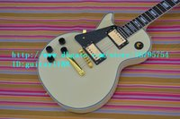 Wholesale LEFTHAND ELECTRIC GUITAR in white with mahogany body made in China