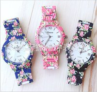 Wholesale new Geneva metal watch unisex women men ladies quartz Rose flower Floral printing watches gift party watches