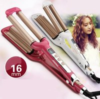 Cheap LCD Pro Electric Ceramic Styler Hair Waver Curler Roller 3 Barrel Wavers Hair Styling Tools Hair Curling Iron Crimper Tongs