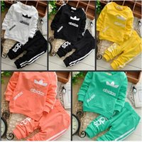 infant and toddler clothing - 2015 Spring Baby Clothing Set Boys And Infant Girl Clothing Set Boy Baby Clothes Toddler Tops Pants Sets For Newborns Q003