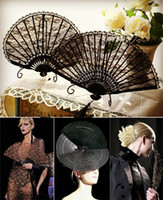 Wholesale Women Bridal Accessories Fans Parasols Handmade Black Lace Bridal Hand Fans Classical And Seashells Folded Fan Party Bridal Wedding Decor