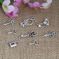 Wholesale New Vintage Charm Plating Ancient Silver Mixing Key Lock Charms Pendant DIY Fashion Jewelry Fitting S6238