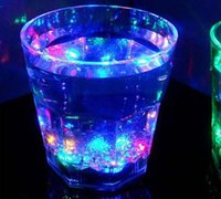 Wholesale Big Size LED Plastic Activated Flashing Whiskey beer Cup Wine Mug For Party House Décor Christmas gift