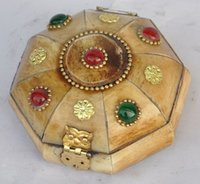Wholesale Crafts Chinese antiques world China hand made Bone inlaid ruby emerald Gilded Jewelry Box