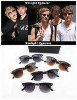 Cheap 2015 Factory Price Retro fashion star models sunglasses for women men beach sunglasses women brand designer 200pcs B95