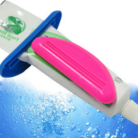 Wholesale 2 Toothpaste Dispenser Squeeze Tube Squeezer Easy Press Toothpaste Home Safe Tool Colors Randomly