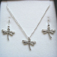 Wholesale Hot Jewelry Set Antique silver DRAGONFLY Gift Set Necklace Earrings Jewelry Set z577