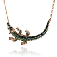 Wholesale Women personality exaggerated fashion multicolor inlaid Red green Rhinestone necklace New fashion alligator pendant necklace