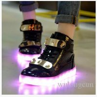 Cheap High quality 7 Colors LED Luminous Women&Men high top Sneakers LED Shoes For Adults USB Charging Lights Shoes Black White free shipping