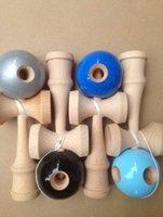 achat en gros de trous bois-60pcs 2015 NOUVEAU 5 Trous jeu Jumbo balles Kendama japonais bois traditionnel Kids Game Toy PU peinture Beech pour tous les âges