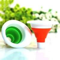 Wholesale 2015 New New Cute Collapsible Mini Silicone Gel Practical Foldable Funnel VAA Christmas Gift LI5