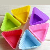 achat en gros de savon de moules-6.8cm alimentaire gâteau forme grade triangle silicone moules à muffins savon moule pouding de silicium moule livraison gratuite