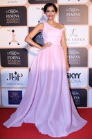 Cheap Custom Made Sonam Kapoor A-Line Long Formal Evening Dresses Red Carpet Celebrity Dress Sexy Party Prom Dress Gowns No Sleeve Exquisite Chic