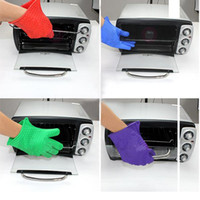 kitchen oven gloves - 200pcs Kitchen Tool Silicone Heat Resistant Oven Pot Mitts Holder Cooking BBQ Glove Free DHL Fedex