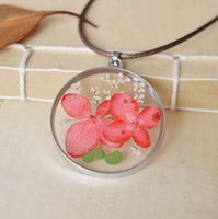best dried flowers - Real Dried Pink Cream Flowers Necklaces Round Glass Pendant for Best Friends Long Wax Rope Women Sweater Necklaces Unique Jewellery nxl032