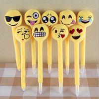 Wholesale New Emoji toys emoji Ballpoint Creative Expression pen with cartoon plush toys emoji ballpoint pens Emoji Stationery Cartoon Emoji pen D321
