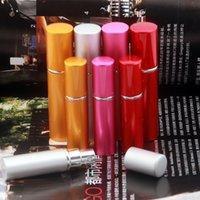 Wholesale luxury ML5ML cosmetic perfume spray bottle spray a fine mist of perfume bottle travel portable sub sample bottle