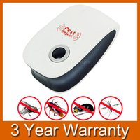 Wholesale Ultrasonic Electronic Pest Repeller Insect Mouse Mosquito Repeller US EU Plug order lt no track