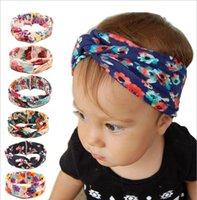 Compra Impresión de la flor cruzada-De la muchacha de la cruz del resorte del algodón Los nuevos cabritos florecen el Headwear floral para los accesorios 6colors del pelo del niño