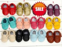 Wholesale Baby moccasin toddler non slip Genuine Leather tassel shoes boots newest kids girl boy handmade First Walker soft Shoes M colors gift
