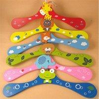 Wholesale 100pcs colors randomly cartoon animal children hanger baby colorful wooden hanger