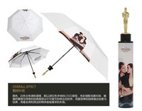 Wholesale The Oscar Statuette Shaped Umbrella Hot Selling Fashion Folding Bottle Sunshade Brolly Parasol with Titanic Pattern Case