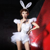 Wholesale Real Photos Three Size Cake veil Cute Hot Short Sexy Bunny White With Feather and Diamond and Sequins Sexy Short Night Club