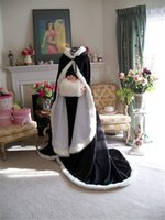 black hooded cloak - Stylish Black Warm Bridal Cape Custom Made Wedding Cloaks Hooded With Faux Fur Trim Court Length Perfect For Winter Long Wraps Jacket