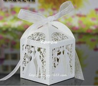 Wholesale 1506 Laser Cut Bridegroom and bride Wedding Box in Pearl candy paper box wedding party show candy box gifts Box with ribbon