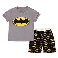 venda por atacado summer pajamas-2016 Oferta Especial verdadeiro Batman pijamas roupa do bebê 2016 Primavera Verão Set Meninos manga curta Pijamas 2 Pieces Início Vestuário para chrildren