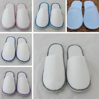 Wholesale Disposable slippers Hotels Guesthouse Disposable slippers Home Hospitality Non woven Thick slip Disposable slippers Individually packaged