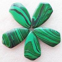 5pcs / Set caliente verde ágata del Onyx Triángulo de la piedra preciosa de los colgantes de la joyería en Conjuntos para los collares al por mayor de Hacer