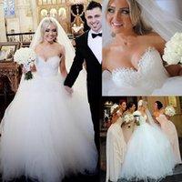 Wholesale Glamourous Wedding Dresses Sweetheart Fall Chapel White Sweep Train Tulle vestidos de novia Cheap Bridal Gowns Wedding Ball C1890