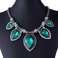 Wholesale Exaggerated Vintage Jewelry For Women Gemstone Necklace Silver Statement Necklaces Pendant Choker XL5157
