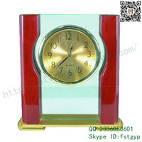 Wholesale Creative Technology Taiwan Zhong Gaoguang piano wood table clock quartz glass table clock pull sand metal table clock