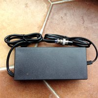 Wholesale 2015 fashion new design USB ports High quality Lithium battery charger A EU Spec