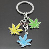 Wholesale 10 Weed leaves Key Chain Bling Key Tag Pot key chain weed leaf key ring Rasta Jamaican Metal Keyring Keychains