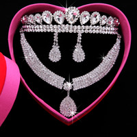 crystal jewelry box - 2015 White Crystal Beaded Bridal Tiaras Necklace Earrings Set With The Box Wedding Jewelry Accessories Real Image T