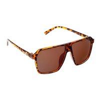 Wholesale Fashion UV400 Protection PC Frame Resin Lens Leopard Print Sunglasses Tawny Black Yellow