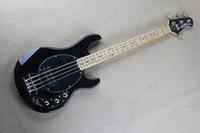 Compra Instrumentos musicales hombre bass music-La alta calidad libre de la guitarra baja Sting Ray 4 Music Man Negro Bajo eléctrico de arce Mástil de los mejores instrumentos musicales