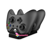Precio de Xbox dual-La manera Xbox One carga el kit que carga dual con las baterías recargables del cargador 2 de los reguladores de RetailDock que carga el cable dhl libre 010208