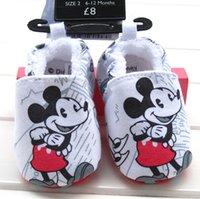 Wholesale Newborn babies Winter cartoon Santa Claus walker shoes for Christmas The toddler Mickey shoes for winter baby shoes style