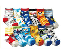 animal baby slippers - 1 Pair of Baby Anti Slip Newborn years Cotton Lovely Cute Shoes Animal Cartoon Slippers Boots Boy Girl Unisex Skid Socks